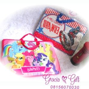 HAMPERS | MANYUE | SOUVENIR AQIQAH | SOUVENIR WEDDING BANDUNG | HAMPERS MANYUE BANDUNG | GOODIE BAG ULANG TAHUN BANDUNGSOUVENIR PERNIKAHAN BANDUNG |  Kami Gracia Gift Bandung menyediakan berbagai macam hampers untuk berbagai keperluan seperti souvenir ulang tahun, souvenir manyue, baby shower souvenir, souvenir pernikahan bandung dll