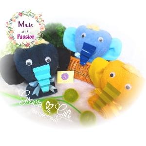 HAMPERS | MANYUE | SOUVENIR AQIQAH | SOUVENIR WEDDING BANDUNG | HAMPERS MANYUE BANDUNG | GOODIE BAG ULANG TAHUN BANDUNGSOUVENIR PERNIKAHAN BANDUNG | Towel custom elephant Kami Gracia Gift Bandung menyediakan berbagai macam hampers untuk berbagai keperluan seperti souvenir ulang tahun, souveniKr manyue, baby shower souvenir, souvenir pernikahan bandung dll