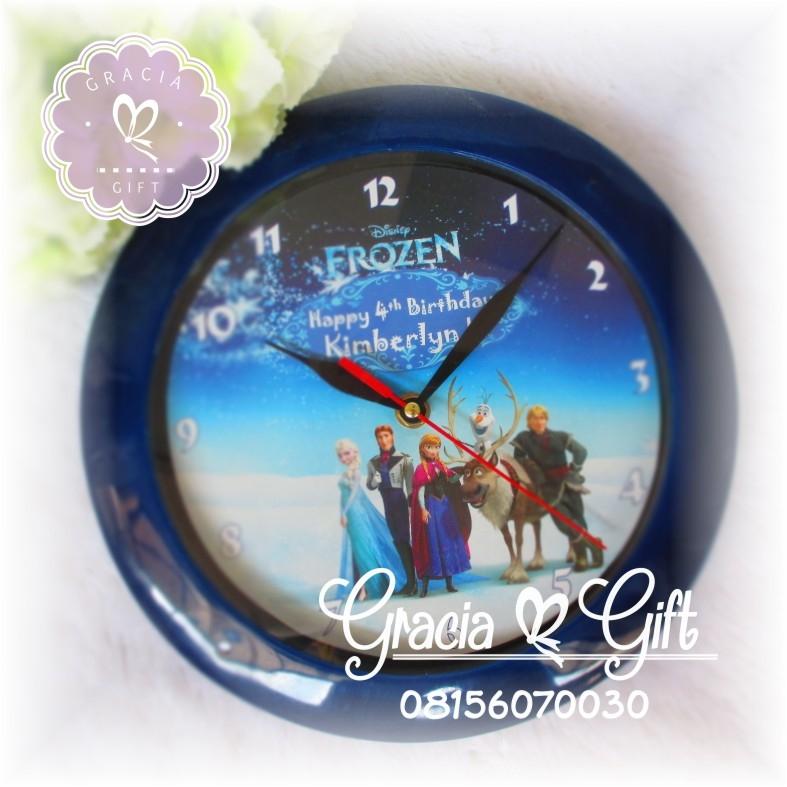 Kami Gracia Gift Bandung menyediakan berbagai macam hampers untuk berbagai keperluan seperti souvenir ulang tahun, souvenir manyue, baby shower souvenir, souvenir pernikahan bandung dll